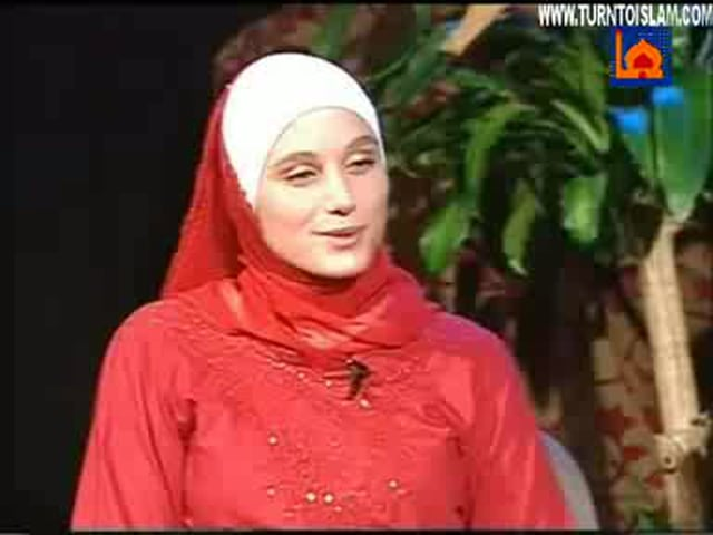 Hijab - French new muslima speaks