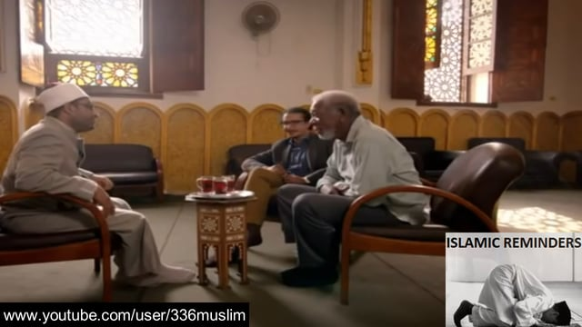 Morgan Freeman calls adhan in Mosque